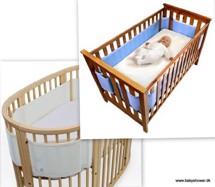 Kravlegård i hvid - god og praktisk, kan også bruges som tvillingeseng